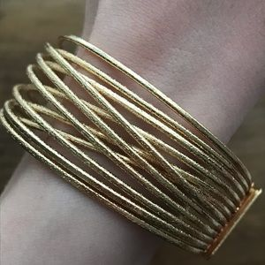 NWT Gold Bangle Bracelet